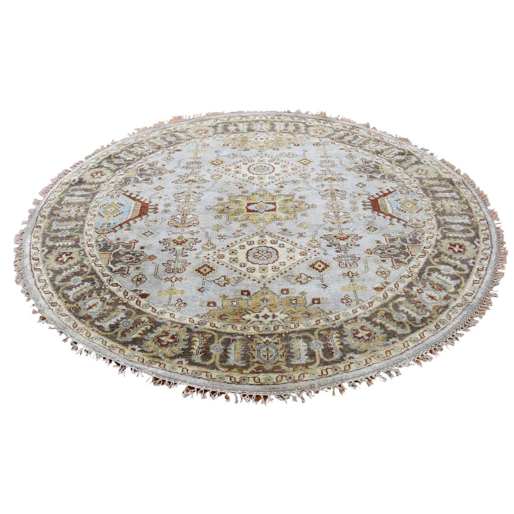 Hand-Knotted Pure Wool Karajeh Design Round Oriental Rug